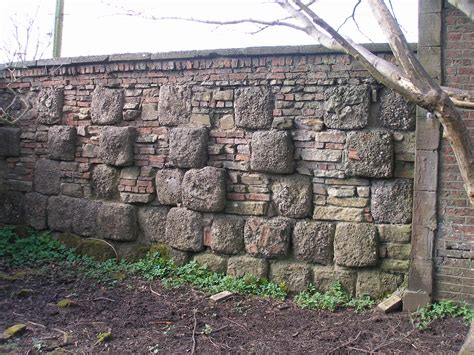 the of the garden wall file kitchen garden s wall jpg wikimedia commons