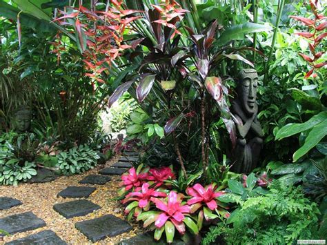 Dannis Sarimbit D Sun Flower 17 best ideas about tropical garden design on