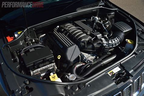 jeep grand cherokee srt engine 2014 jeep grand cherokee srt 6 4 hemi engine