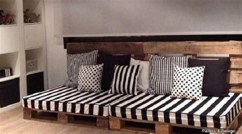Sofa Bisa Jadi Bangku Dan Kasur Tidur Uksingle 10 kreasi furnitur dari palet kayu bekas yang tren lagi