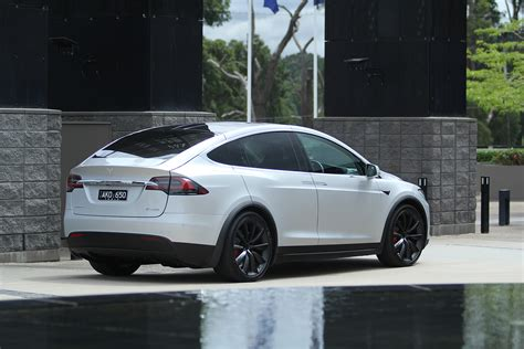 2018 tesla model x price falls as production efficiency