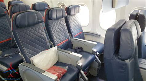 delta comfort plus left side front row comfrot plus delta 757 200 renespoints