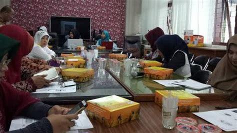 Minyak Kemiri Di Malang kembangkan produk olahan minyak atsiri peran iptek harus dimaksimalkan malangvoice