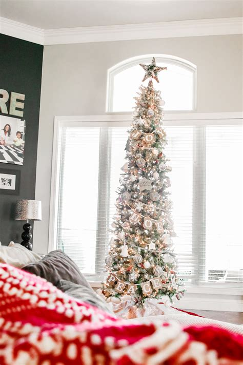 show me thin decorated trees the slim tree a giveaway