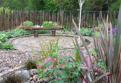 garden fence ideas home landscape design garden decor minimalist small herb garden landscaping decoration using rustic solid