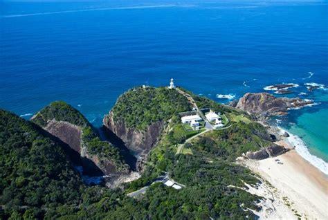 Seal Rocks Lighthouse Cottages by Sugarloaf Point Lighthouse Cottages Seal Rocks