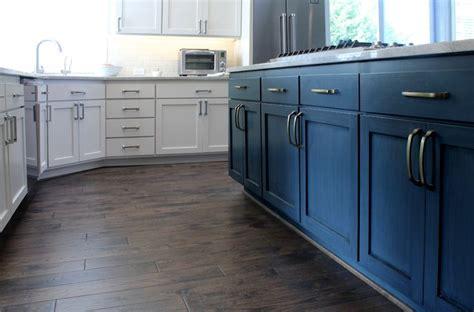 cabinets color is benjamin paint color pale oak island paint color is benjamin