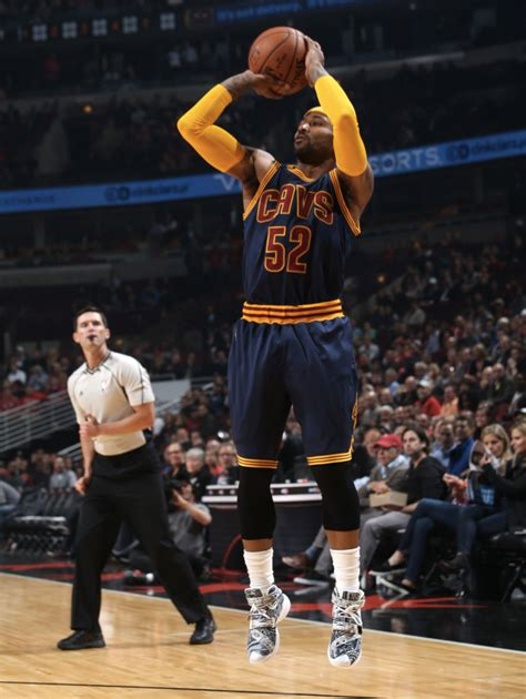 Sepatu Basket X 10 Blackout Nike Curry Armour las mejores zapatillas opening de la nba
