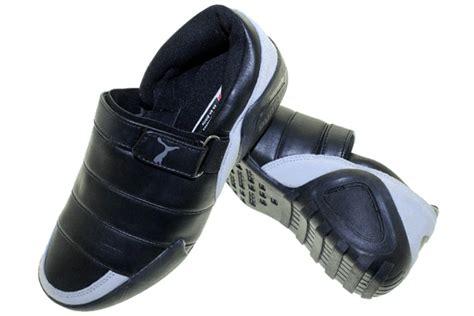 Sepatu Assic Onitsuka Hitam Abu selop lapis sepatu olahraga nike adidas reebok