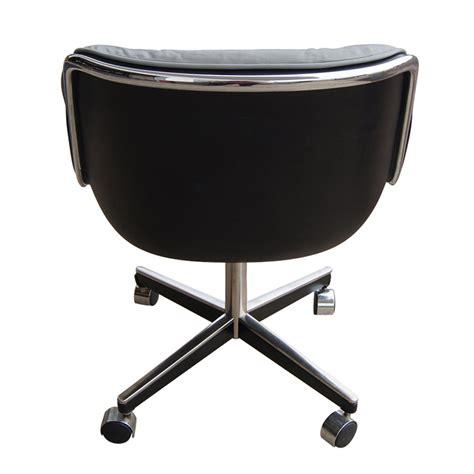 1 Vintage Light Gray Leather Knoll Pollock Executive Executive Swivel Chair