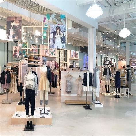 stores like urban outfitters home decor 25 best ideas about urban outfitters store on pinterest