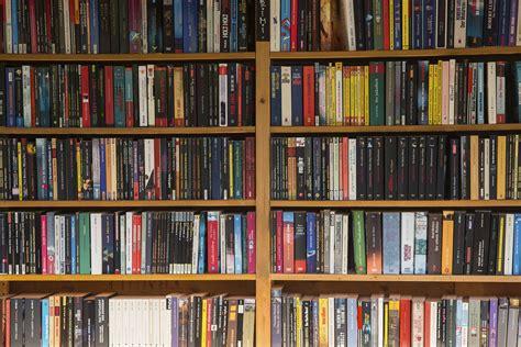 Rak Buku Perpustakaan gambar book baca baca mebel rak buku literatur