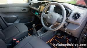 Renault Kwid Interior Renault Kwid Grabs 10 Segment In Month