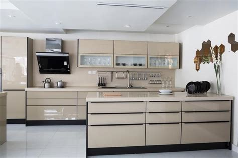 innovative kitchen cabinets zobacz galerię zdjęć nowoczesne wnętrza beżowa kuchnia