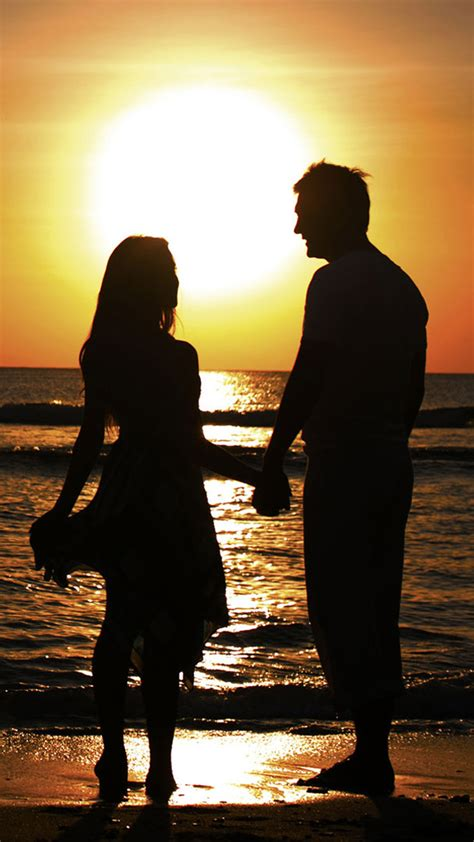 wallpaper sunset couple sunset beach couple iphone 6 plus wallpaper iphone 6