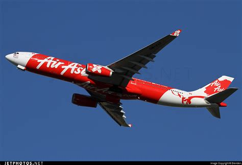 9m xxf airasia x airbus a330 300 at tokyo haneda intl 9m xxf airbus a330 343 airasia x brenden jetphotos