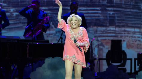 bette midler concert schedule bette midler wraps tour with powerhouse