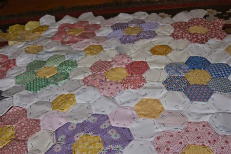 flower garden quilts herbie hen grandmother s flower garden quilt still going