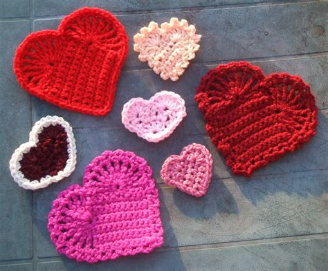 crochet heart pattern uk youtube pins and needles easy crochet hearts
