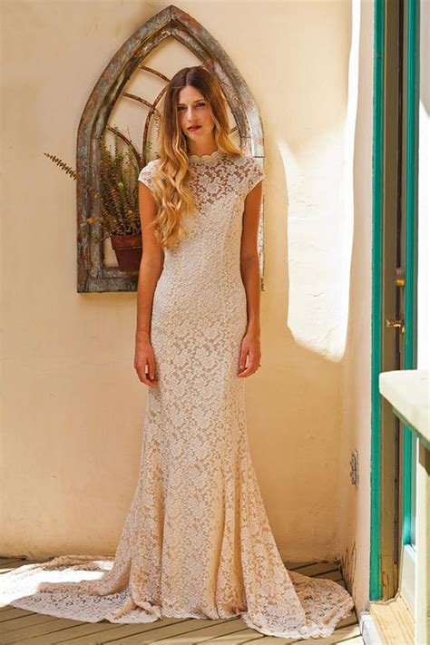 desain dress simple elegan simple elegant lace wedding dress w cap sleeve sweetheart