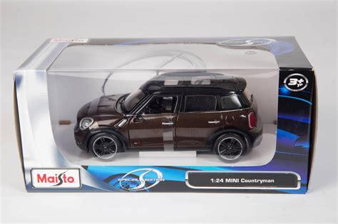 New Diecast Maisto Mini Countryman 1 24 Sm 31367 maisto diecast special edition model cars 1 24 scale car