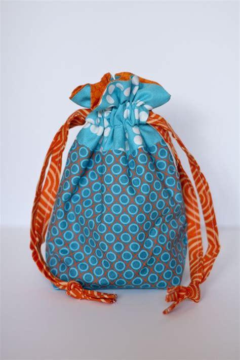 free pattern drawstring bag oltre 25 fantastiche idee su drawstring bag pattern su