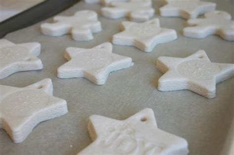 flour and water decorations how to make salt dough ornaments i like this recipe i think the oven heat should be bumped up a