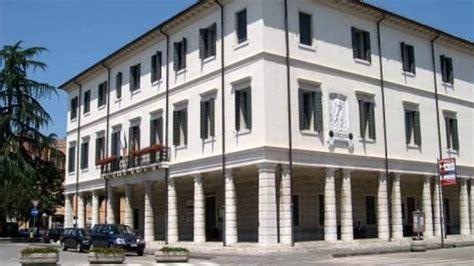 ufficio lavoro montebelluna referendum veneto aperture straordinarie per l ufficio