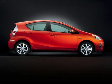 2014 Toyota Prius C One 2014 Toyota Prius C Price Photos Reviews Features