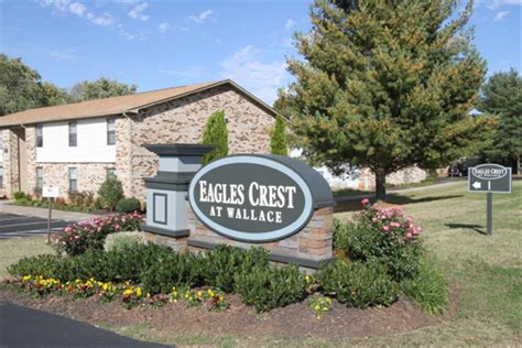 Pine Apartments Clarksville Tn Fort Cbell Eagle Crest At Wallace