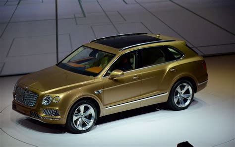 salon auto francfort 2015 voici le bentley bentayga