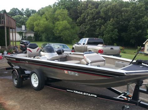bass tracker crappie boats 2004 bass tracker pro 175 crappie bass boat motor
