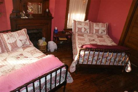 bed and breakfast st charles mo lococo house iii bed and breakfast 1307 n 5th st in