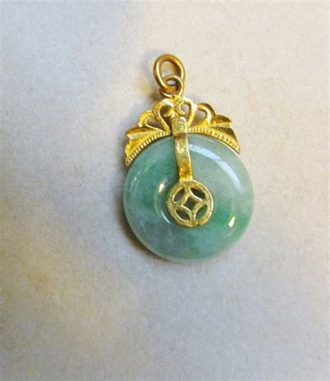Permata Set Kutubaru By Apple 1 40 best images about jade necklaces pendants on