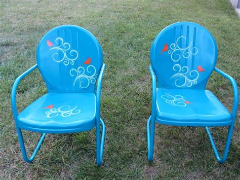 spray painting metal chairs 1000 ideas about painted metal chairs on