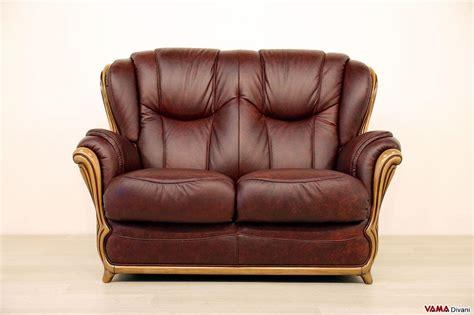 divani schienale alto divano con cornice in legno e schienale alto in pelle