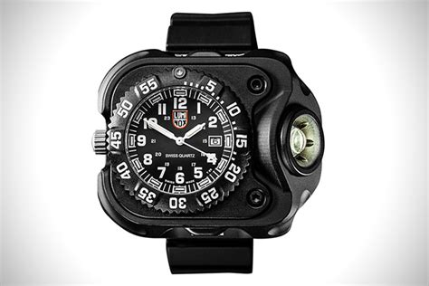 Luminox Black Shoot time the 15 best tactical watches hiconsumption