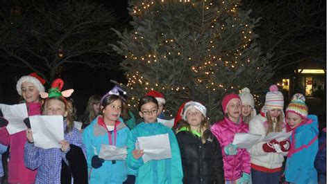 winnetka holiday tree lighting