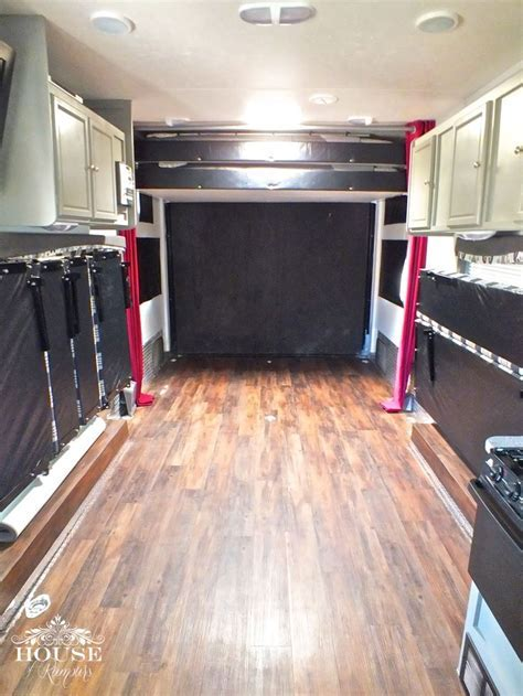 1000  ideas about Toy Hauler on Pinterest   Keystone Rv