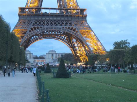 Blink Eifel 1 pay a visit adventures at the eiffel tower