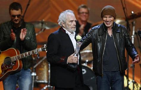 country music video with billy bob thornton photofriday cmt honors merle haggard with artist of a
