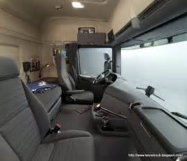 Semi Truck Interior Sleeper sleeper cabs on semi trucks rigs and western trucks