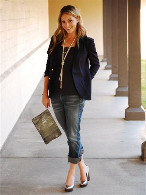 style bloggers share  perfect  date outfit