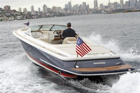 chris craft boats australia chris craft launch 25 review trade boats australia