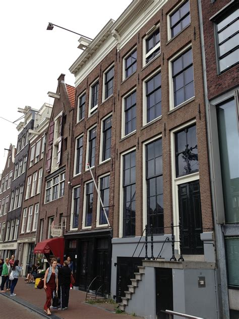 Frank House Amsterdam 301 moved permanently