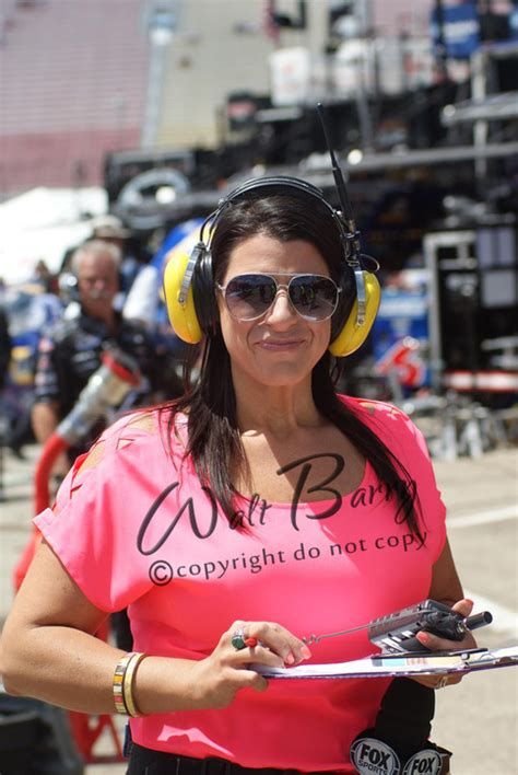 nascar fan online store wendy venturini nascar raceday 183 waltbarry com 183 online