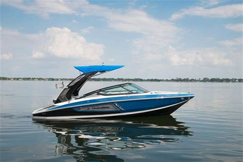 regal  rx crates lake country boats    brokerage boats  sale