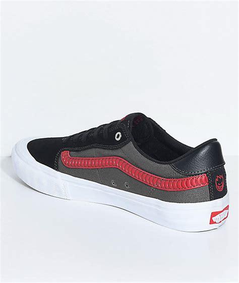 Sepatu Vans X Spitfire vans x spitfire style 112 pro black skate shoes zumiez