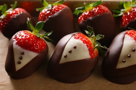 Dessert Chocolate Dipped Strawberries by Chocolate Desserts Chocolate Dipped Strawberries Chow