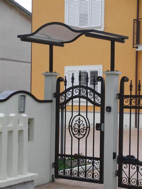 tettoie per cancelli pedonali pensiline per cancelli ingresso pannelli termoisolanti
